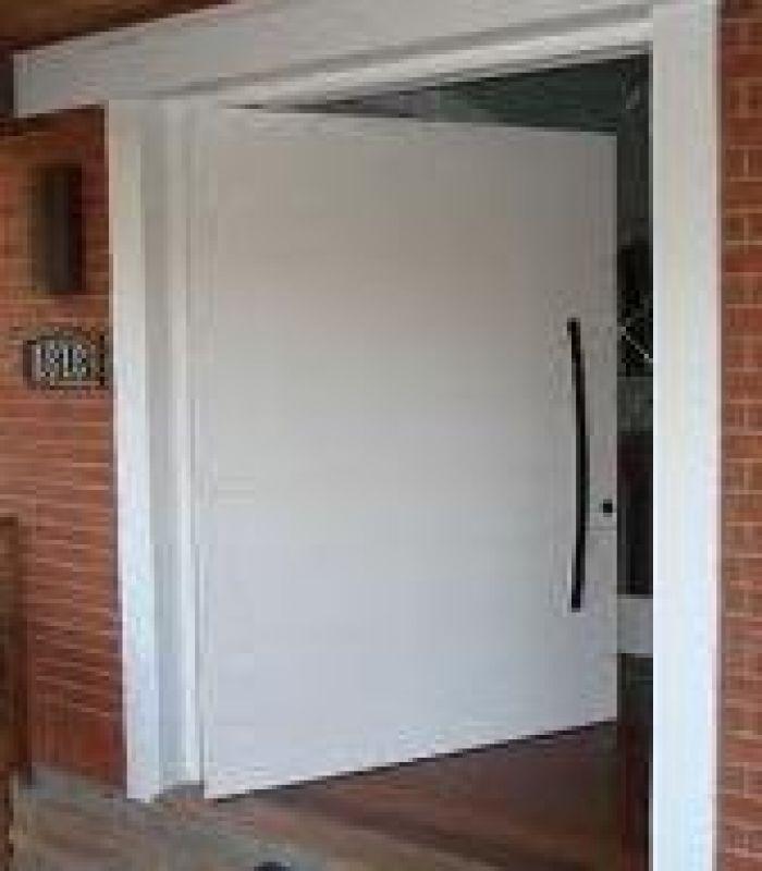 Porta pivotante pre o pictures to pin on pinterest for Porta 1 20