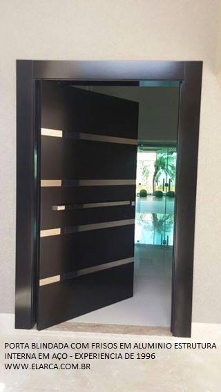 Porta externa pivotante 150 x 240 montada blindada com for Porta 240 cm